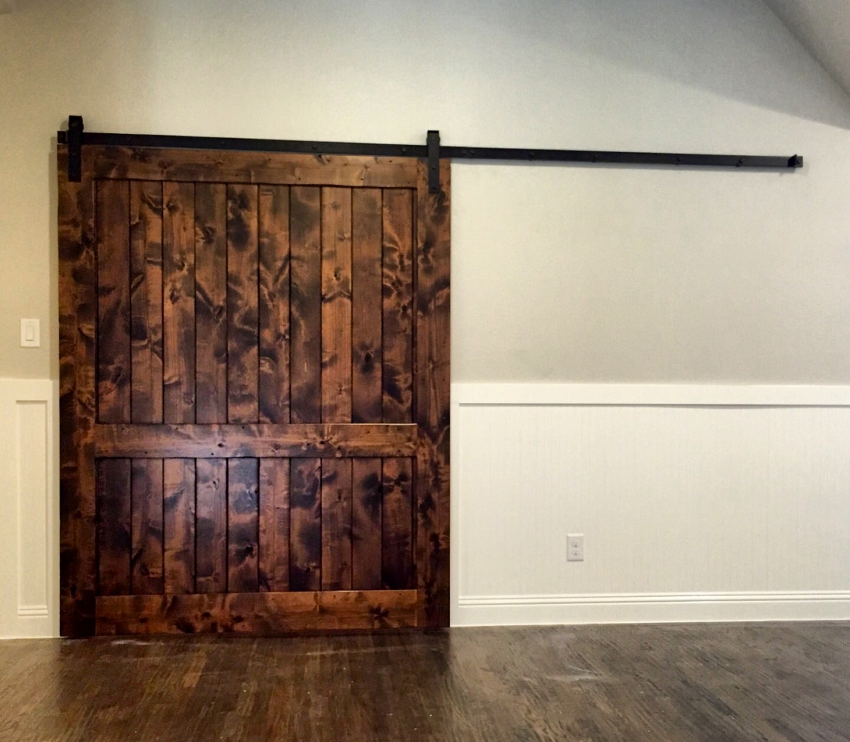 Oversized doors oversized front doors sng pvot oversized for Oversized barn doors